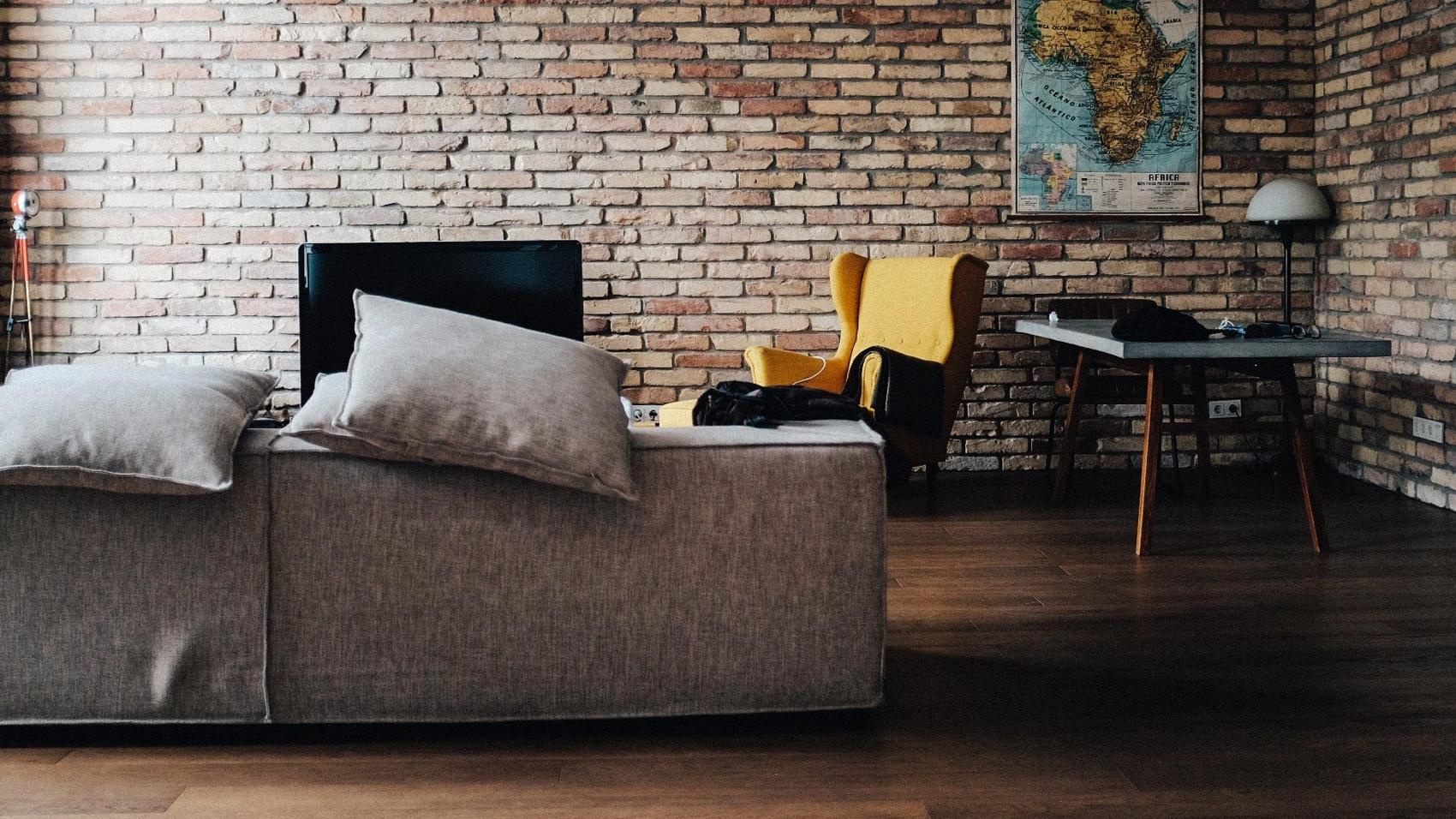 nittonarton sofas